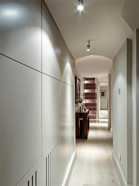 Regency Townhouse hallway