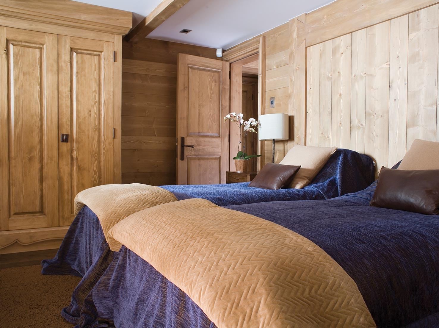 Ski Chalet Guest room