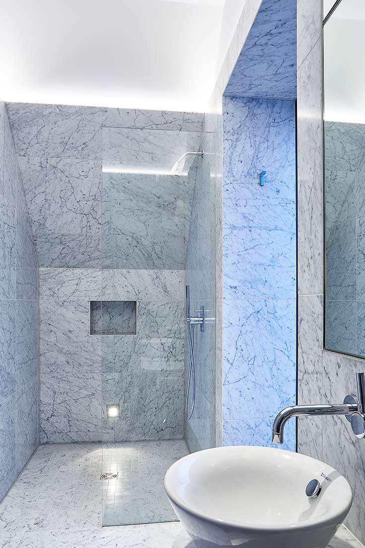 Ensuite in marble