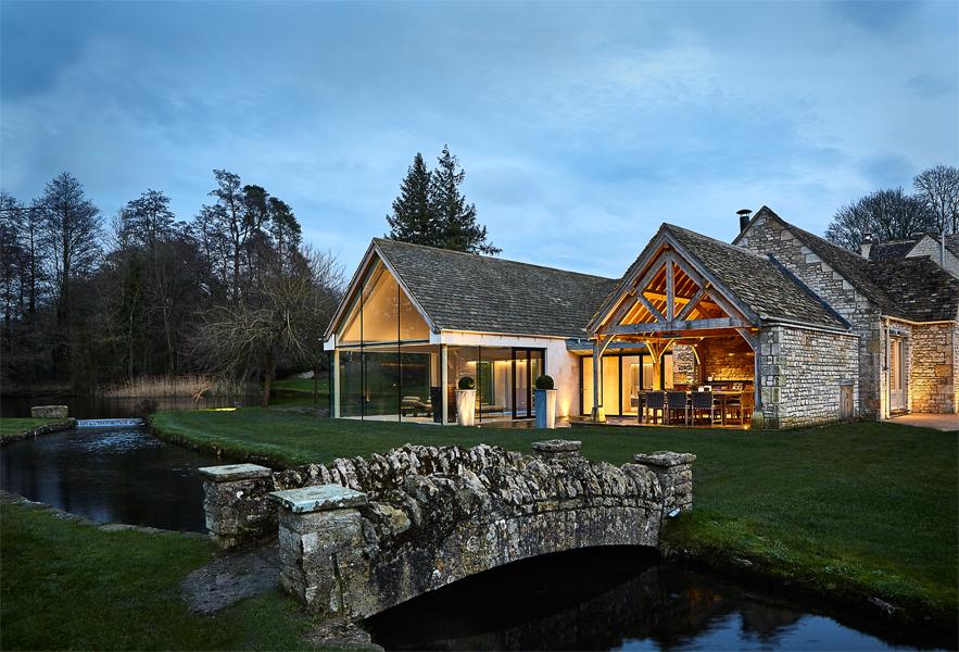 Private leisure exterior with bridge